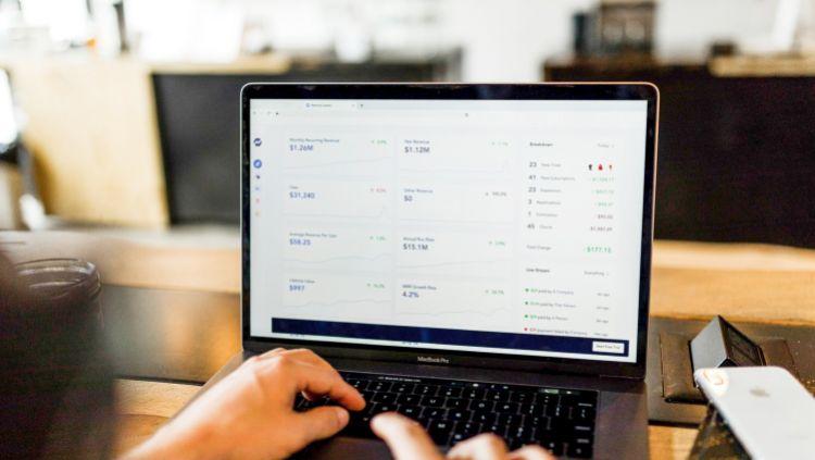 Investicijos internete – geriausi būdai uždirbti pastovią grąžą