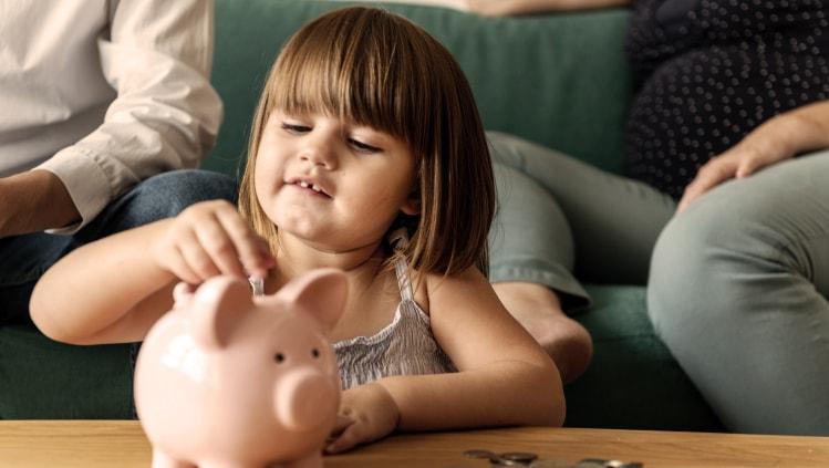 kaip pradeti taupyti pinigus)